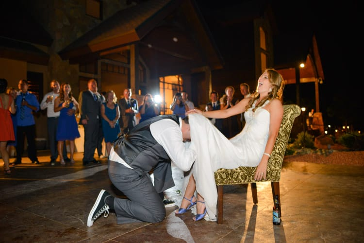 Wedding photography reception tips how to shoot open air for How to be a wedding photographer